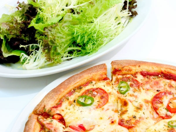 Pizza and Salad Dinner
