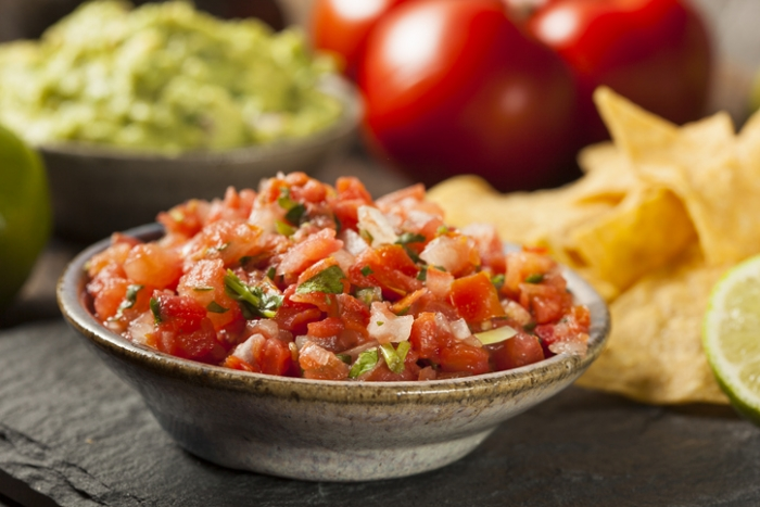 Fresh Homemade Salsa  w/ chips
