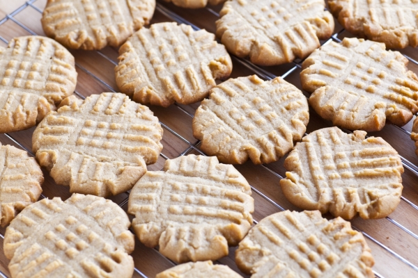Quick 3 Ingredient Peanut Butter Cookies