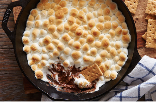 Peanut Butter Cup Smores Dip
